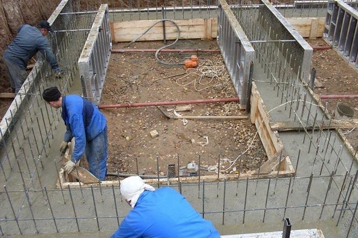 Монолитный бетон — незаменимый материал для современного строительства