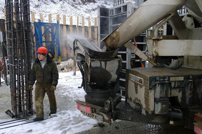 Особенности заливки бетона в зимний период